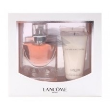 Набор Lancome La vie est belle L'Eau de Parfum с лосьоном